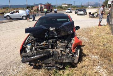 Τραυματίας σε συγκρούση οχημάτων επί της εθνικής οδού στη Στράτο