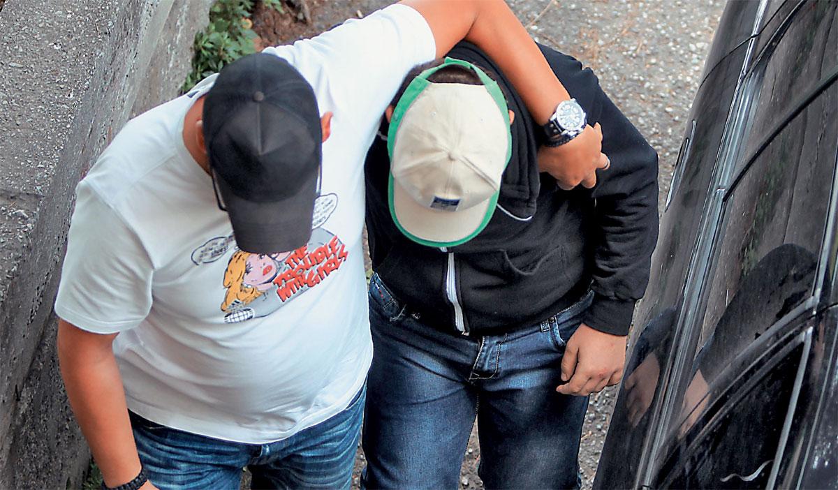 Αγρίνιο: ανήλικοι έκλεβαν χρήματα μέσα από το σπίτι φίλου τους