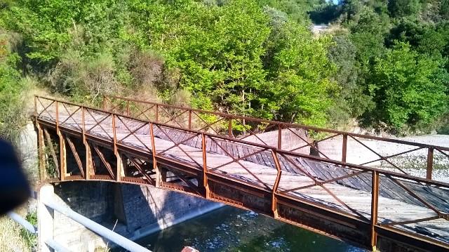 Quiz: Που είναι η συγκεκριμένη γέφυρα  πολύ κοντά στο Αγρίνιο;