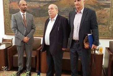 Συνάντηση Βούτση και Βαρεμένου με τον Πρόεδρο του Αραβικού Κοινοβουλίου για το προσφυγικό