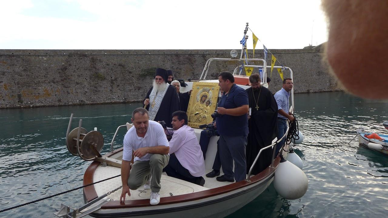 Συνεχίζεται στο Αντίρριο η προσκύνηση της Ιεράς Εικόνας της Παναγίας της Βηματάρισσας