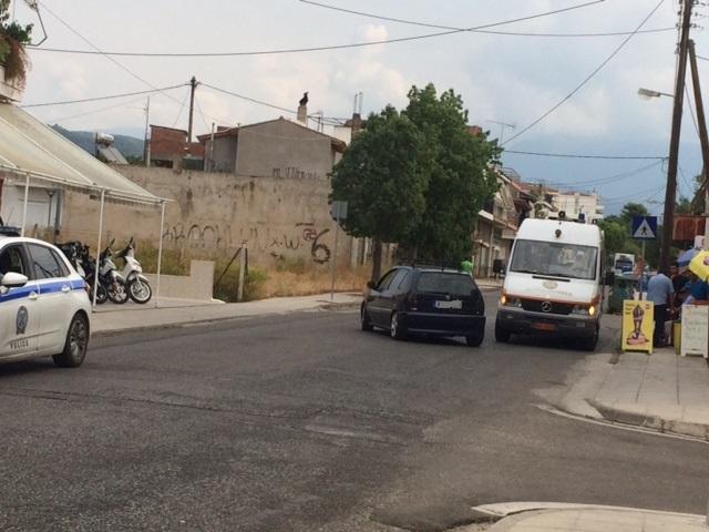 Τραυματίας 81χρονος δικυκλιστής σε τροχαίο στην οδό Αγγελοκάστρου (φωτο)