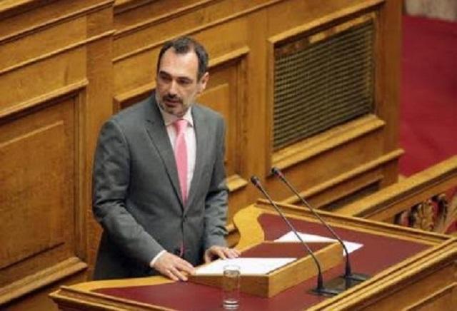 Α. Κατσανιώτης: «Ο υπουργός Παιδείας είναι ένας εμμονικός αριστερός που θέλει να προκαλεί…»