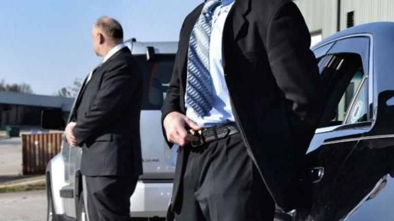 Ποιοι επίσημοι χάνουν τους αστυνομικούς φρουρούς τους