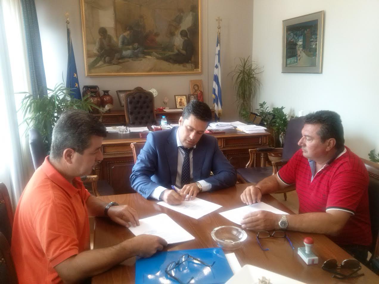 Σύμβαση για έργα οδοποιίας στα Αη Βασιλιώτικα