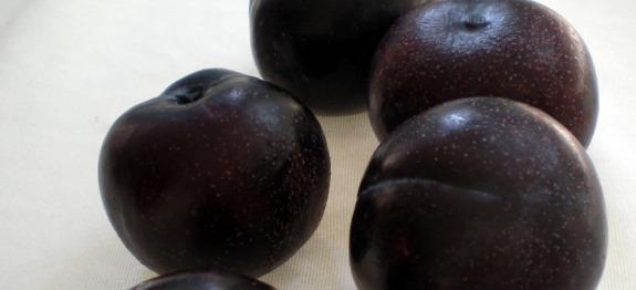 Αγρίνιο: διανομή φρούτων στους δικαιούχους του Κοινωνικού Παντοπωλείου