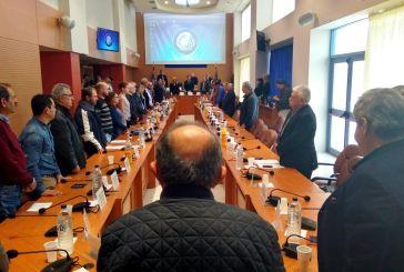 Μεσίστιες οι σημαίες στην Περιφέρεια Δυτικής Ελλάδας για τον Κωστή Στεφανόπουλο