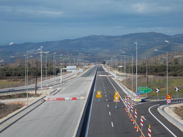 Δεν τελειώνουν τέλη Μαρτίου οι αυτοκινητόδρομοι