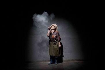 «Από πρώτο χέρι» : παράταση για δέκα ακόμη παραστάσεις στο «Θησείον»