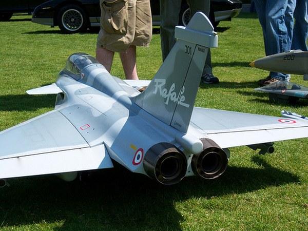 jet2_600x450