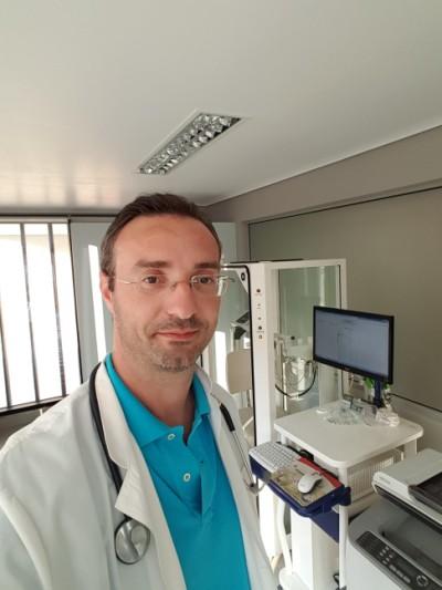 Κατσουράκης Γεώργιος – Ιατρός, Πνευμονολόγος- Φυματιολόγος