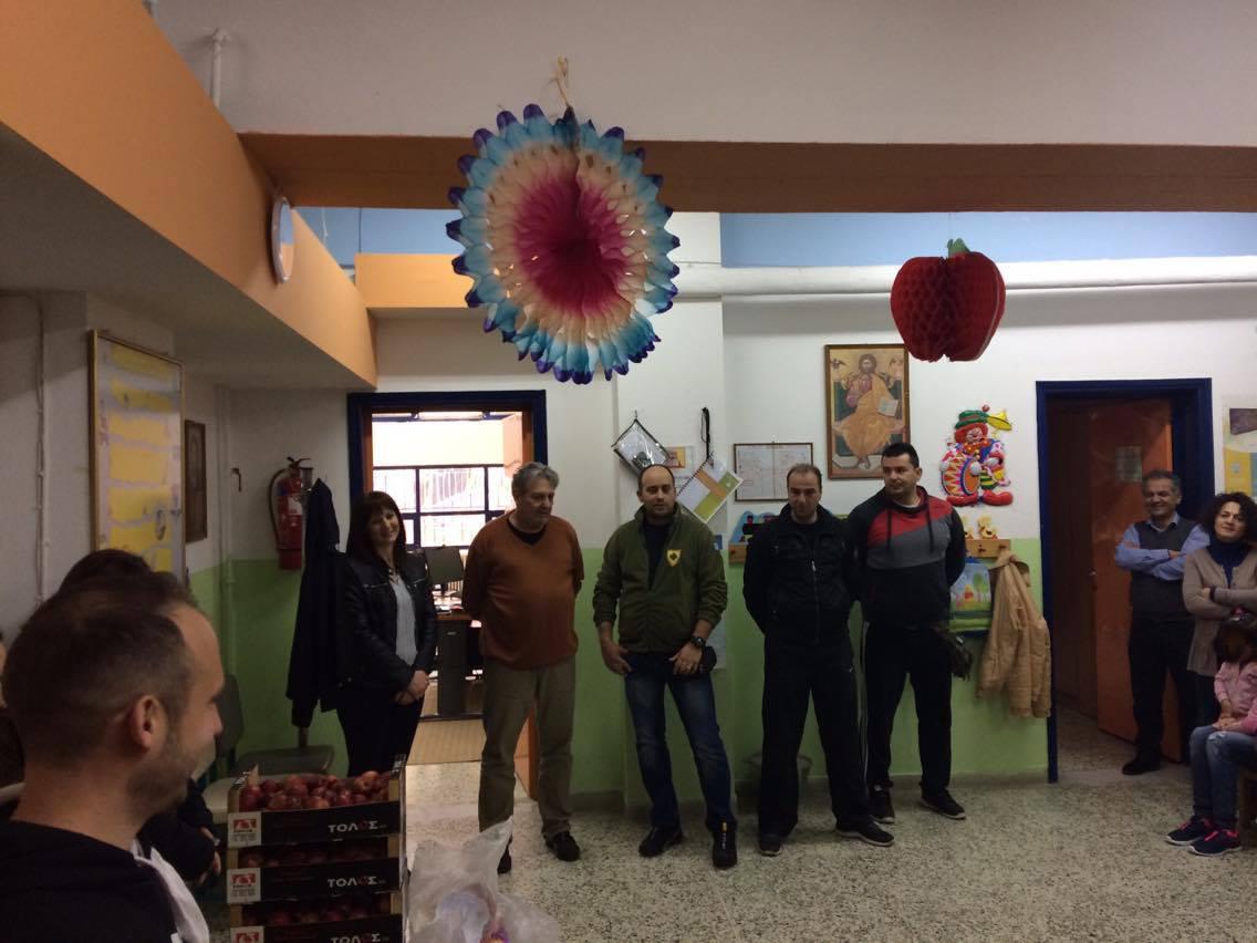 Οι Έφεδροι κοντά στα παιδιά του 1ου Ειδικού Δημοτικού  Σχολείου Αγρινίου