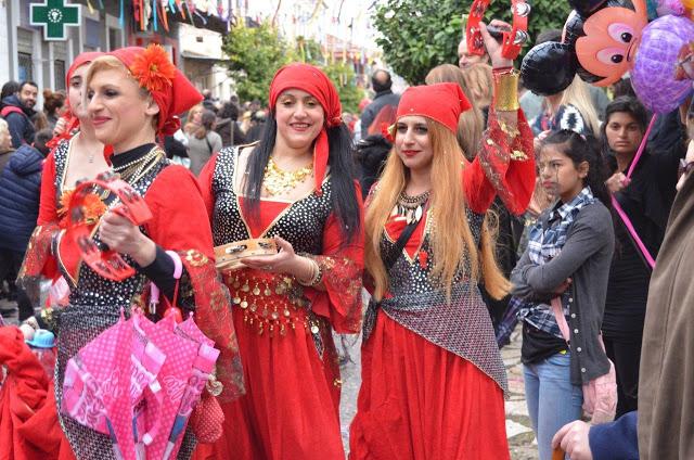 Ξεφάντωμα στο καρναβάλι του Αστακού!  (φωτό)