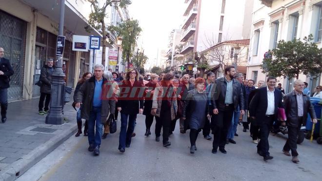 Πάτρα: Aθωώθηκε παμψηφεί ο Κώστας Πελετίδης στη δίκη με την Χρυσή Αυγή (φωτο)