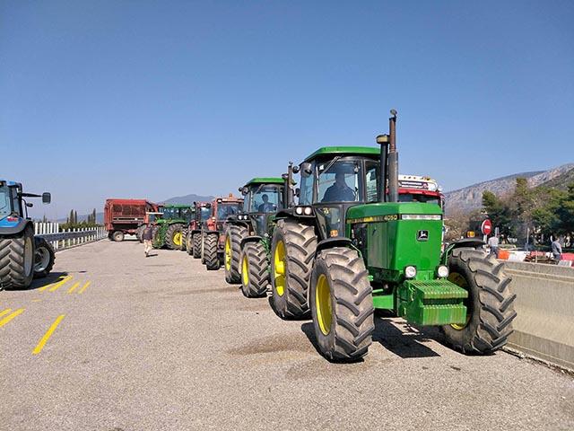 Αγρότες: αποχωρούν από το Κεφαλόβρυσο, συνεχίζουν τον αγώνα…