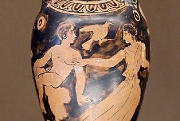 """Πως ονομάστηκε """"Αγρίνιο"""" ομάδα αρχαίων αγγείων με γυναικείες αναπαραστάσεις"""