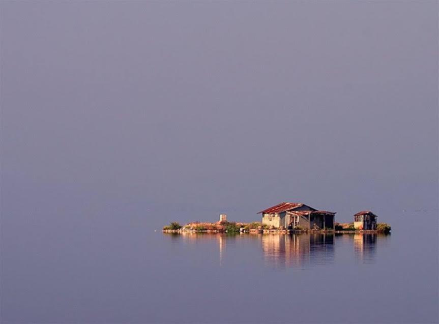 λιμνοθαλασσα