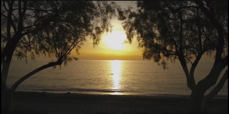 Λευκάδα: Απέραντες παραλίες με θέα το Ιόνιο