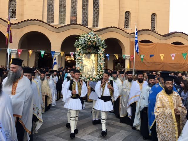 Κατάνυξη στη Λιτανεία του πολιούχου του Αγρινίου , Αγίου Χριστοφόρου (φωτό & video)
