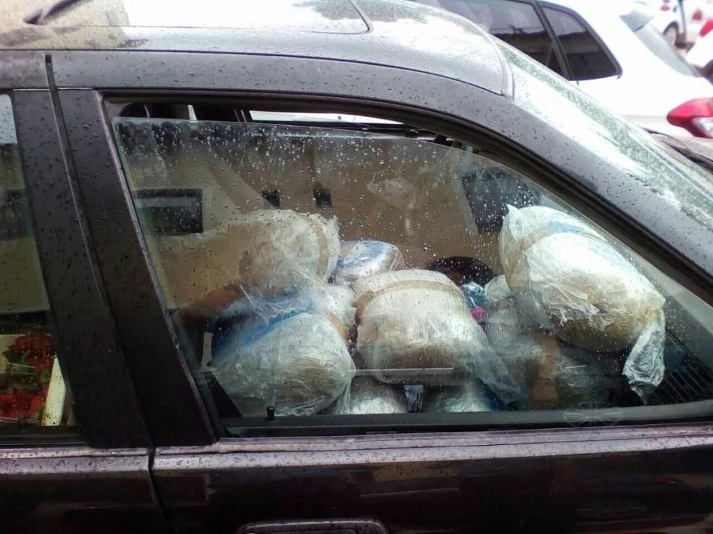 Ανακοίνωση και εικόνες για το γεμάτο χασίς  όχημα