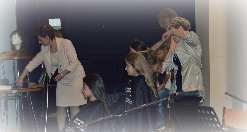 Αγρίνιο: Χάρισαν δύναμη με τα μαλλιά τους