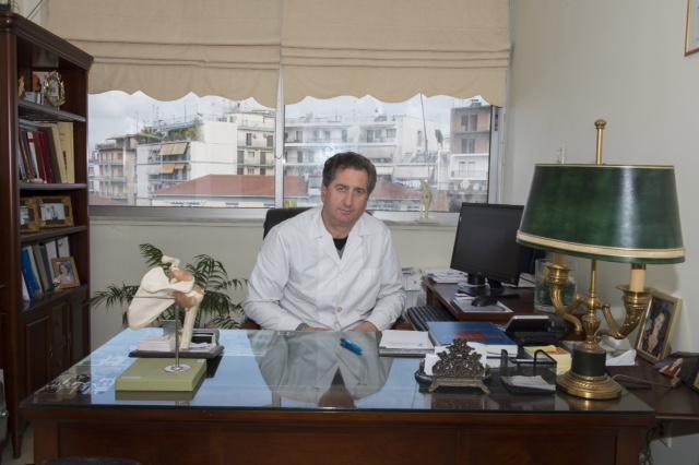 Από 1ης Ιουνίου επιστρέφει στα καθήκοντά του o ιατρός Ιουλιανός Ρώσσης