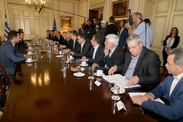 koi-enpe-tsipras (2)