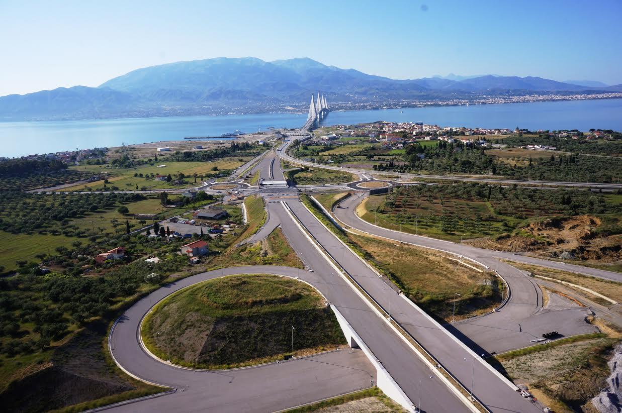 Παραδίδονται τα πρώτα 11 χλμ. της Ιoνίας Οδού την Πέμπτη