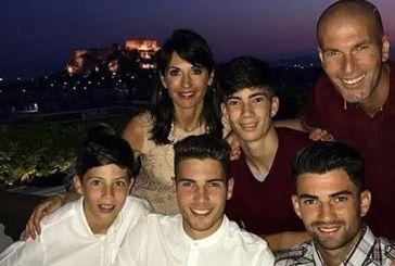 Ο Ζιντάν με τους τέσσερις γιους του και τη σύζυγό του στην Ελλάδα