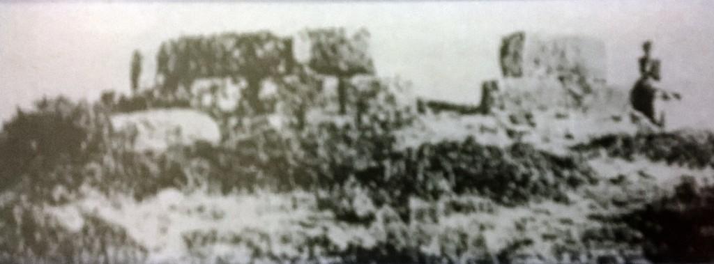Ο πύργος της Αγίας Βλαχέρνας στην είσοδο του Αγρινίου