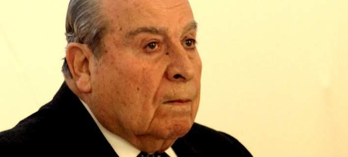 Γρηγόρης Σκαλκέας, ο γιατρός σε ομιλία του οποίου εξετάστηκαν οι υποψήφιοι των Πανελληνίων
