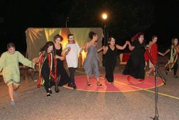 Στο 13ο Πανελλήνιο Φεστιβάλ Ερασιτεχνικού Θεάτρου Διστόμου η θεατρική ομάδα Καλυβίων