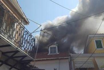 Φωτιά στο ιστορικό κέντρο της Λευκάδας: Μηνύσεις εναντίον των υπευθύνων