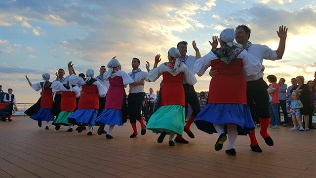pol-diethnes-festival-paradosiakon-xoron (5)