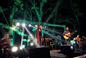 Μεγάλη επιτυχία η συναυλία του Σωκράτη Μάλαμα στα Λουτρά Χαλκιόπουλου