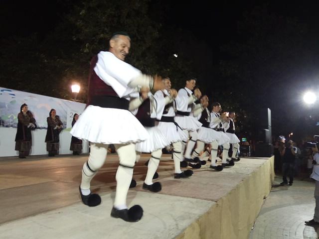 Ελληνική βραδιά την Πέμπτη στο Αγρίνιο με χορευτικά της πόλης