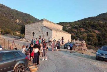 Εσπερινός στο Βυζαντινό Ναό Παντοκράτορος – Μεταμόρφωση του Σωτήρα στο Μοναστηράκι Βόνιτσας