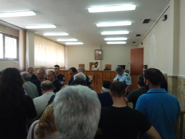 """Λαϊκή  Ενότητα: """"Βομβαρδισμός"""" πλειστηριασμών στην Αιτωλοακαρνανία και κάλεσμα στην αποτροπή τους"""