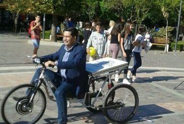 Ο δήμαρχος με το (ηλιακό)τρίκυκλο!