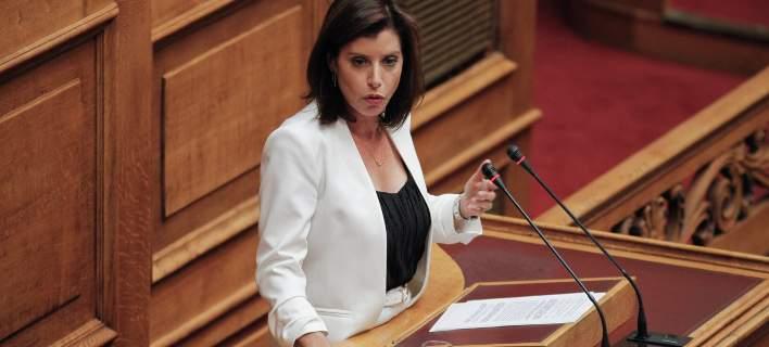 Η Aννα-Μισέλ Ασημακοπούλου ζητάει συγγνώμη για το «ο Σουλτς τον ήπιε τελείως»