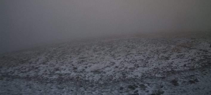 Χιονίζει στον Ολυμπο και το Καϊμακτσαλάν!