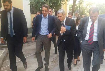Συνοδεία Καραγκούνη η επίσκεψη Μητσοτάκη στα Δικαστήρια της Ευελπίδων