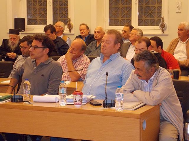 Λαϊκή Συσπείρωση: κλείνει το μάτι σε εκκλησιαστικούς και παρεκκλησιαστικούς κύκλους η δημοτική αρχή
