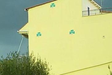 Δείτε πως έβαψε το σπίτι του φανατικός οπαδός του Παναθηναϊκού στη Βόνιτσα!