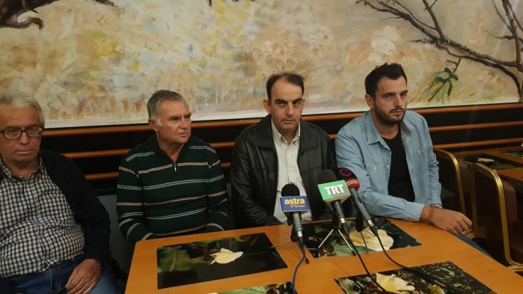 Με τρακτέρ και συλλαλητήριο (και για την εκτροπή) η… υποδοχή Τσίπρα στη Λάρισα