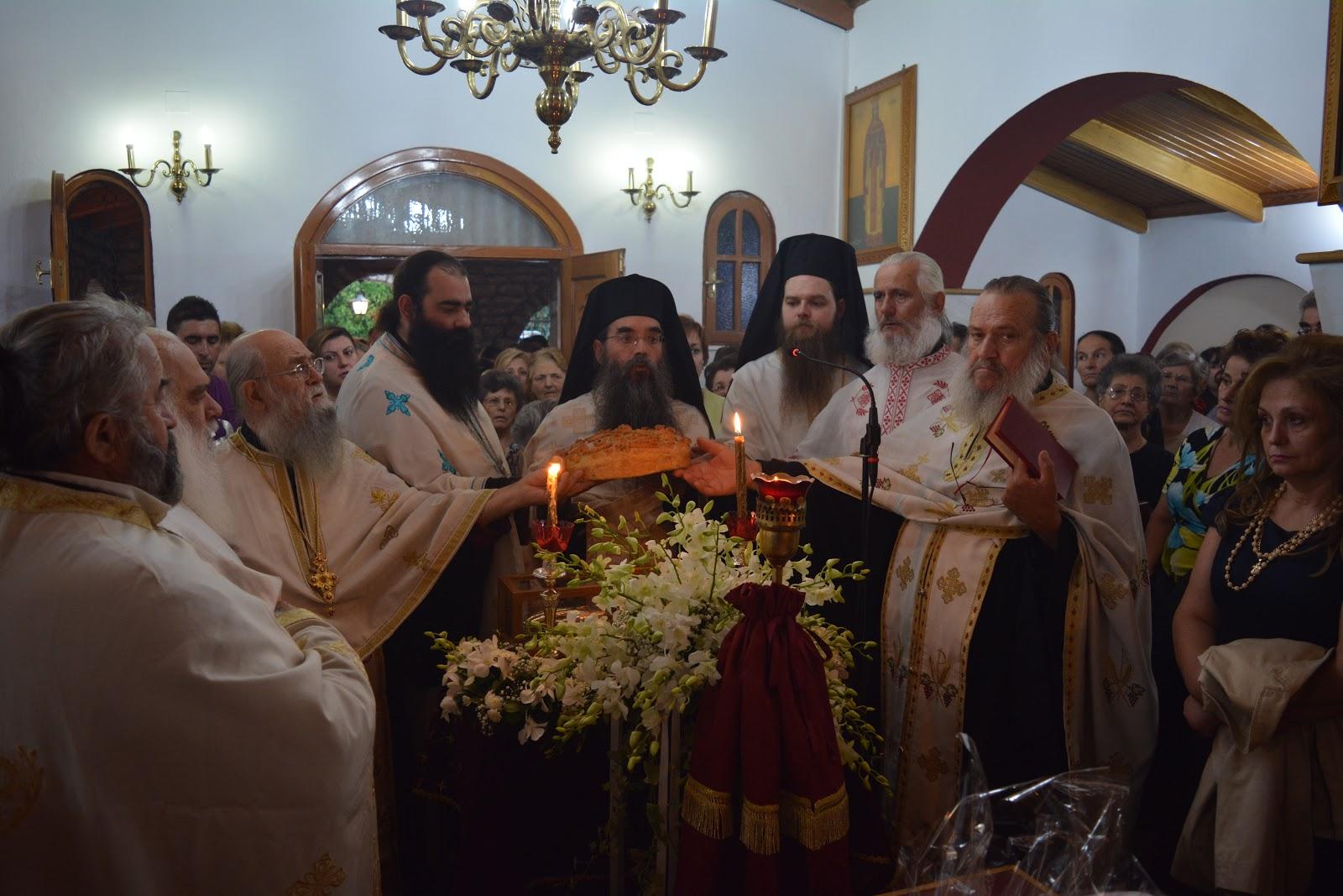 O Πανηγυρικός εσπερινός στο Ησυχαστήριο του Αγίου Κυπριανού και Ιουστίνης στο Παναιτώλιο