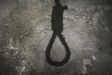 Σοκ στο Βόλο: 20χρονος βρέθηκε κρεμασμένος από κιόσκι σε παραλία της πόλης