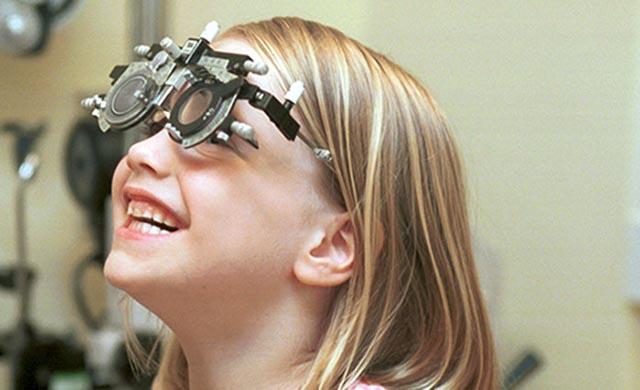 Δωρεάν οφθαλμολογικός έλεγχος σε μαθητές δημοτικού της επαρχιακής Αιτωλοακαρνανίας