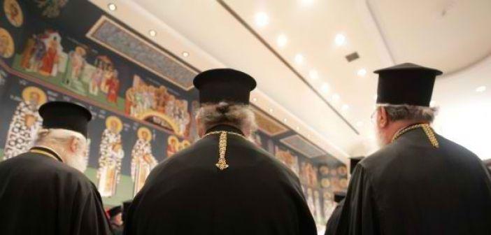 Στα χαρακώματα οι κληρικοί για τη συμφωνία Τσίπρα-Ιερώνυμου