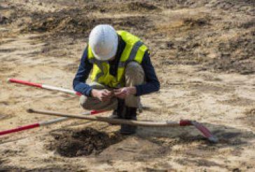 Ξηρόμερο: εργάζονταν για τη ΔΕΗ και… βρήκαν αρχαίο (;) τάφο